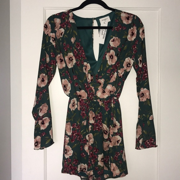 ea05be470116 Adorable Long Sleeve Floral Romper. NWT. Everly